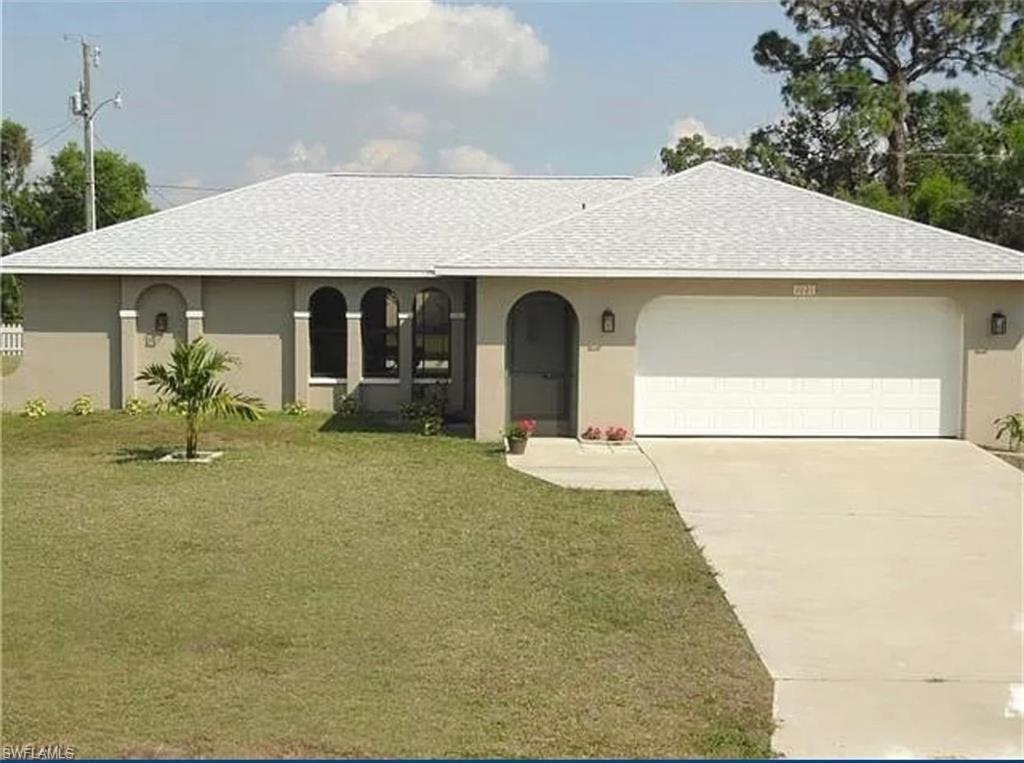 1021 NE 6th Ave, Cape Coral, FL 33909