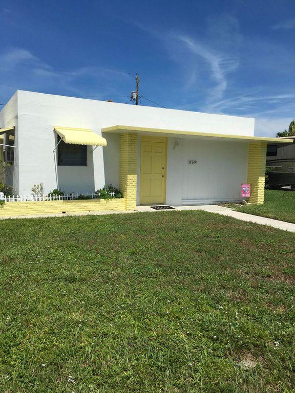 569 Cherry Rd, West Palm Beach, FL 33409