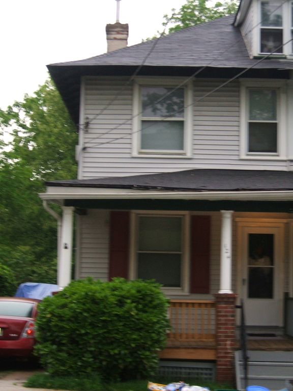 124 N Pennsylvania Ave, Morrisville, PA 19067