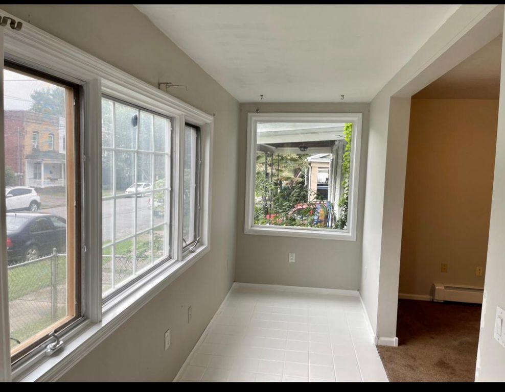 1369 Penn Ave, Scranton, PA 18509