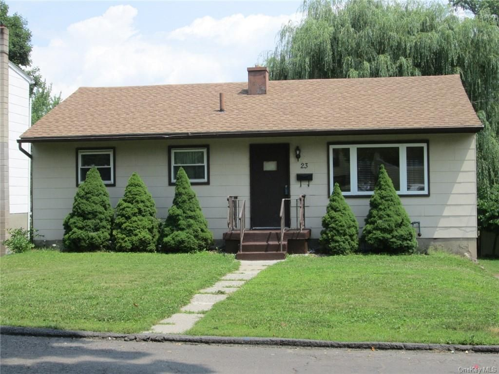 23 Rockwell Ave, Middletown, NY 10940