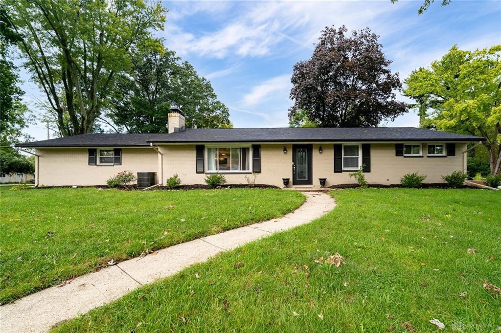 5899 Freeman Rd, Dayton, OH 45459