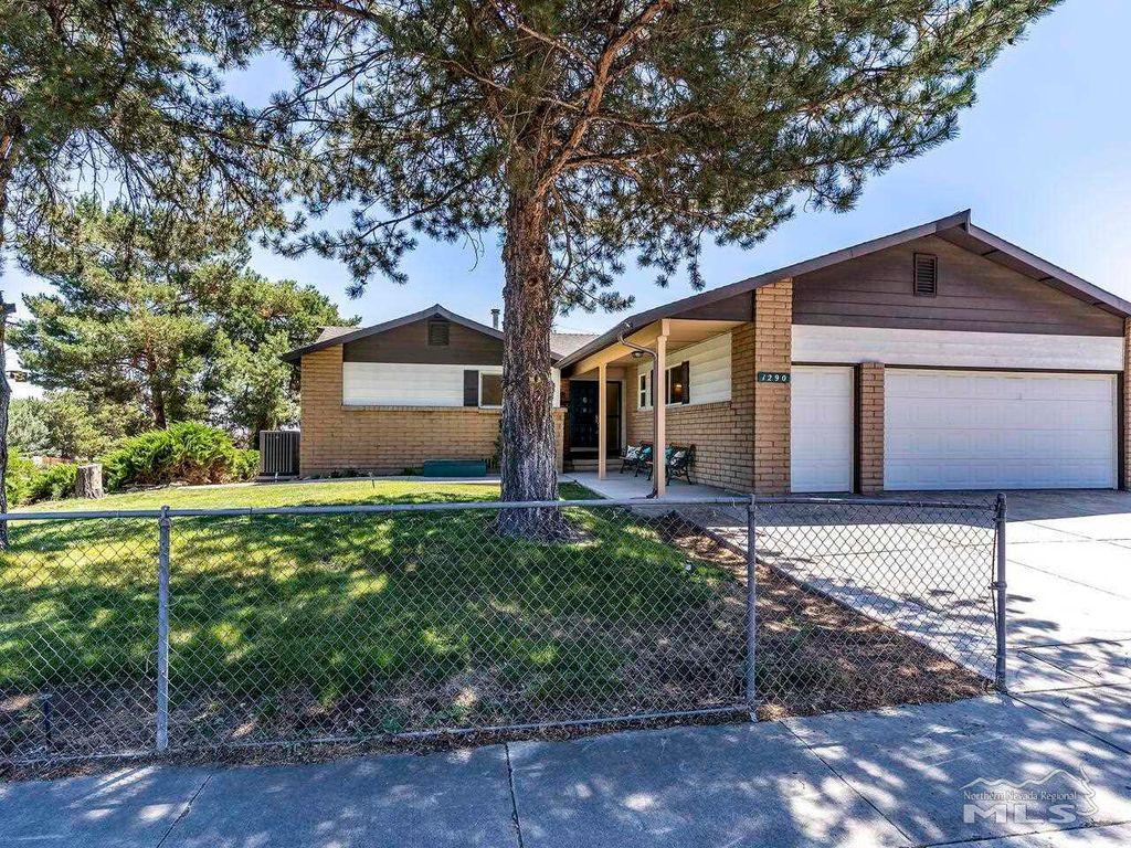 1290 Saint Alberts Dr, Reno, NV 89503