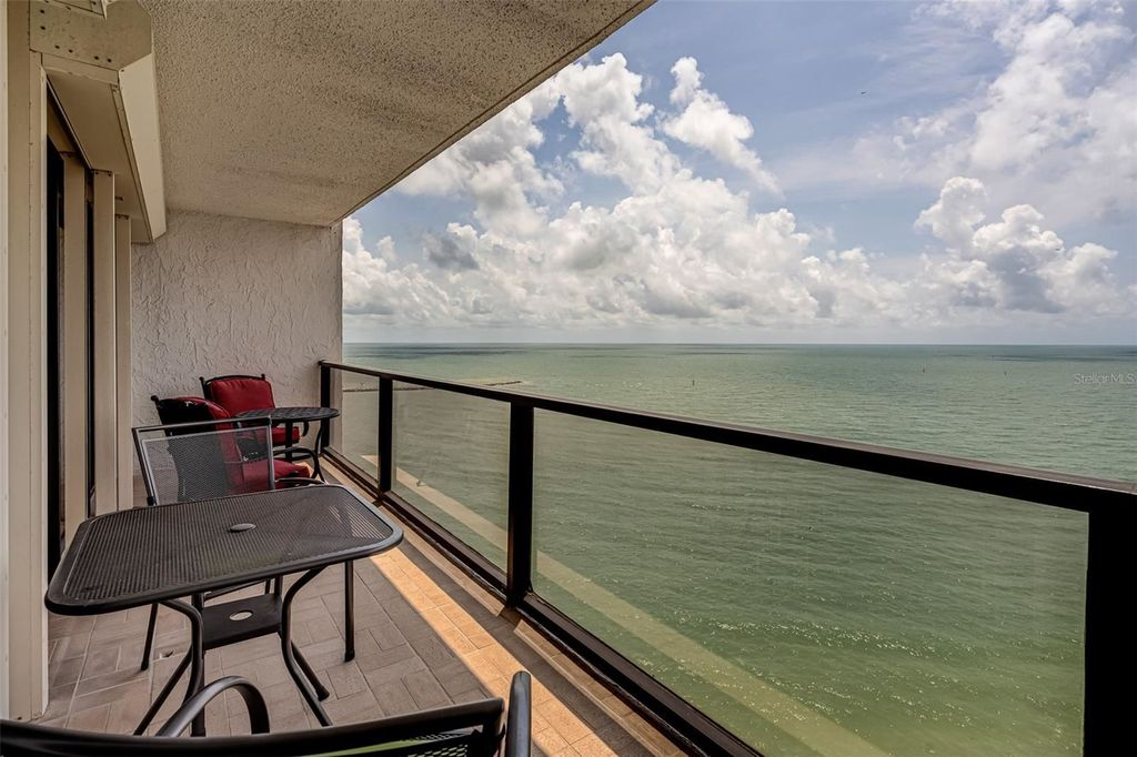 450 S Gulfview Blvd #1702, Clearwater, FL 33767