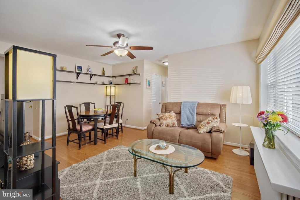 4803 Wellington Dr #4, Chevy Chase, MD 20815