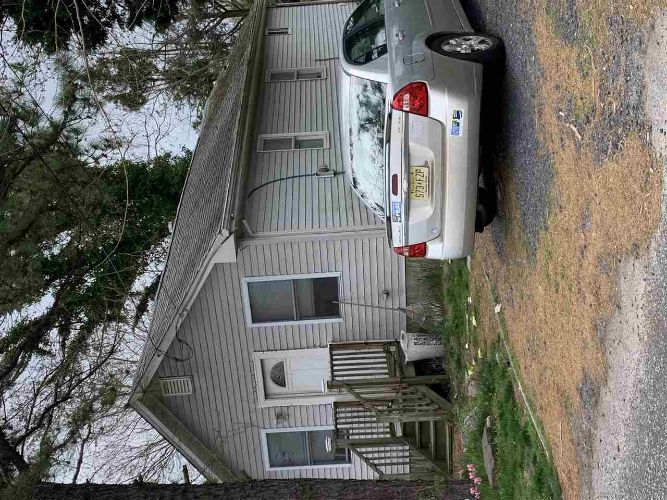 14 E Pacific Ave, Villas, NJ 08251