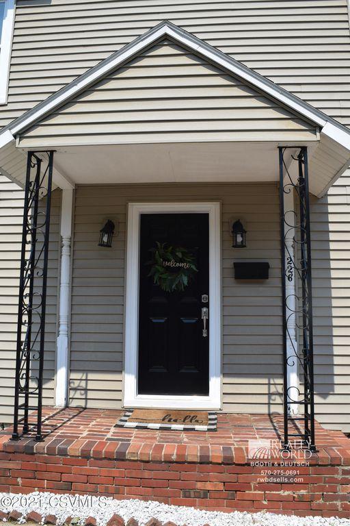 226 S 2nd St, Lewisburg, PA 17837
