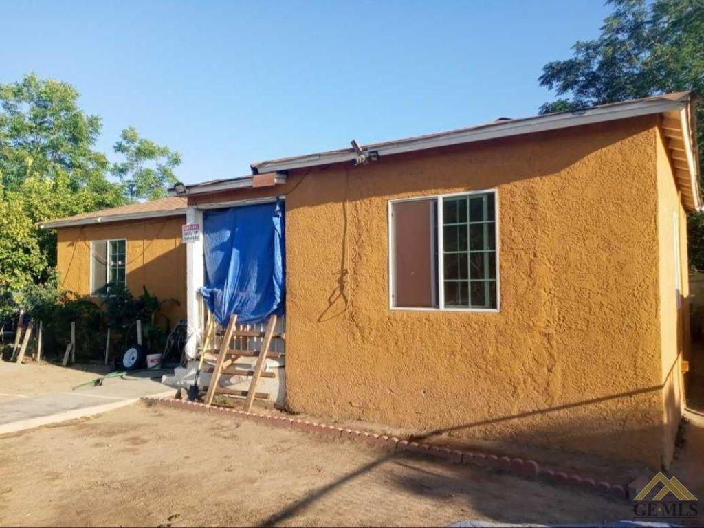 1303 E 9th St, Bakersfield, CA 93307