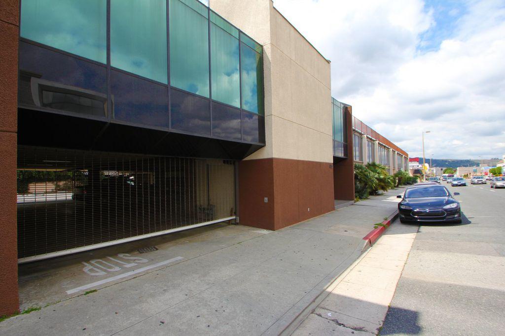 430 W Colorado St, Glendale, CA 91204