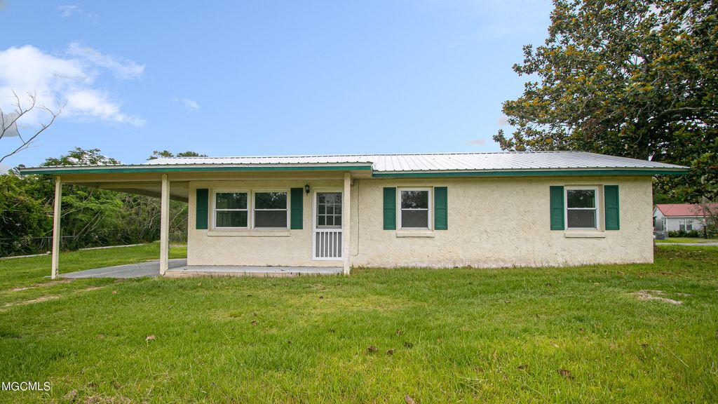 1130 Highway 98, Lucedale, MS 39452