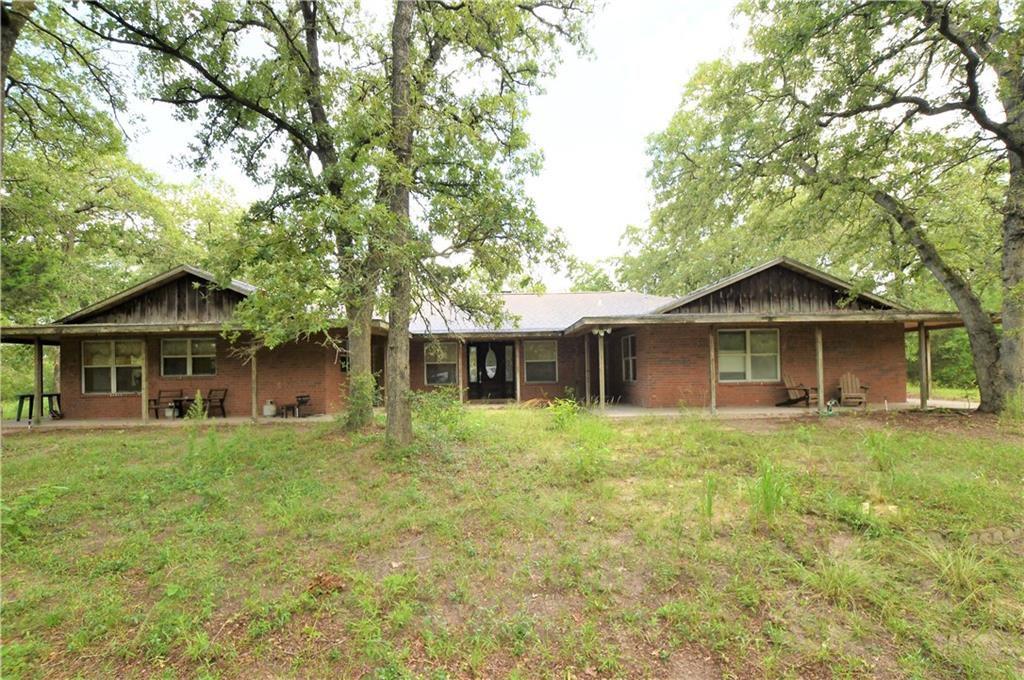 2187 County Road 401, Lexington, TX 78947