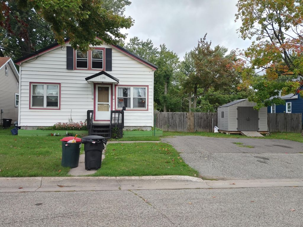 120 W 9th Ave, Sault Sainte Marie, MI 49783