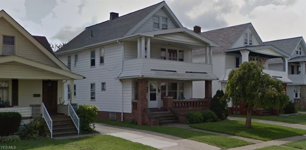 10000 Greenview Ave, Garfield Heights, OH 44125
