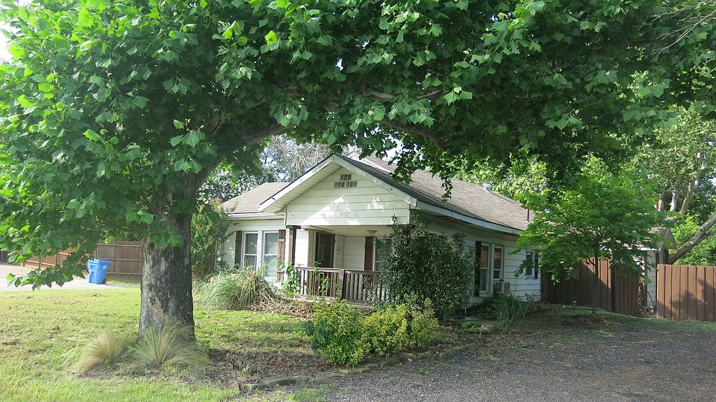 4017 Chaha Rd, Rowlett, TX 75088