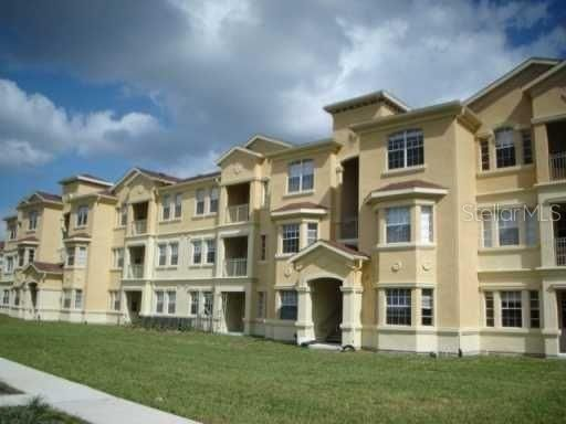 611 Terrace Ridge Cir #611, Davenport, FL 33896