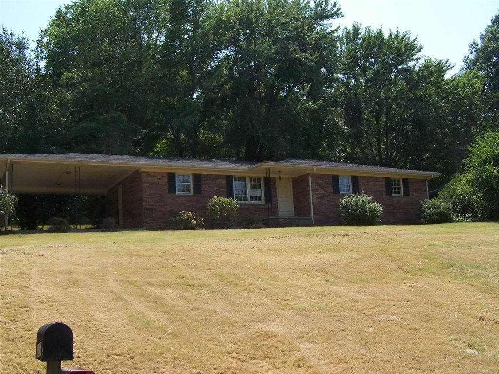 4989 Westgate Dr, Bowling Green, KY 42101