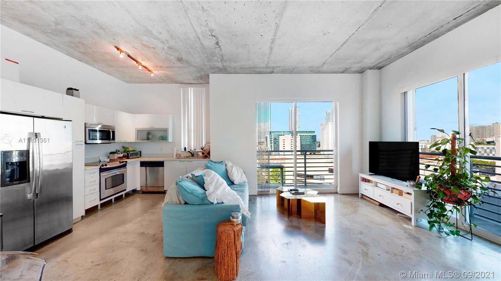 234 NE 3rd St #1501, Miami, FL 33132