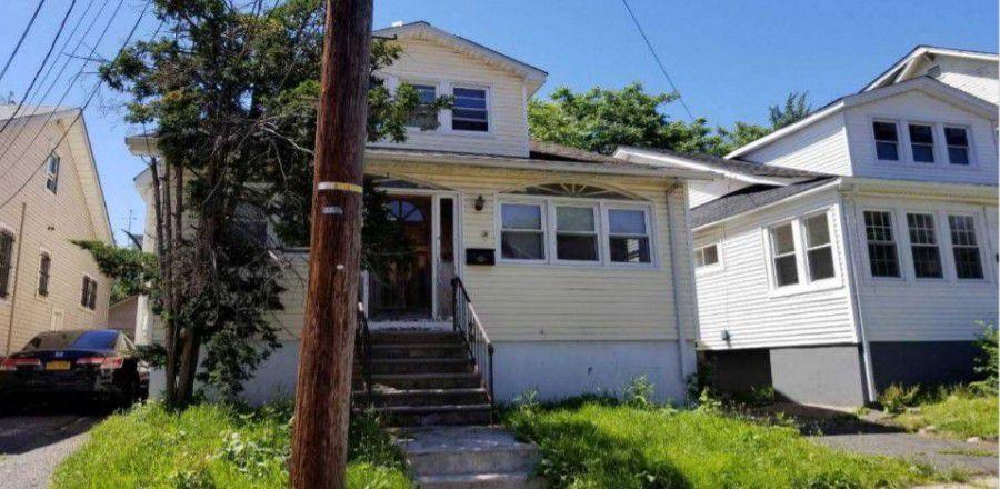 305 Isabella Ave, Irvington, NJ 07111
