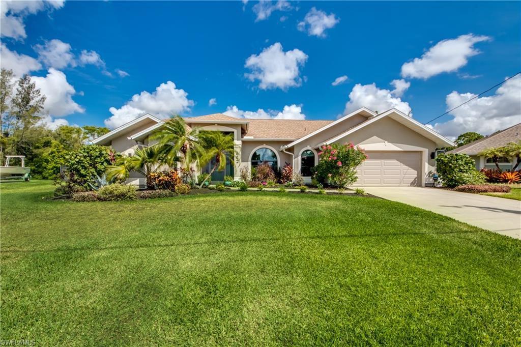 602 SW Santa Barbara Pl, Cape Coral, FL 33991