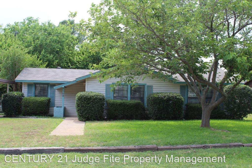 705 N Avenue A, Springtown, TX 76082