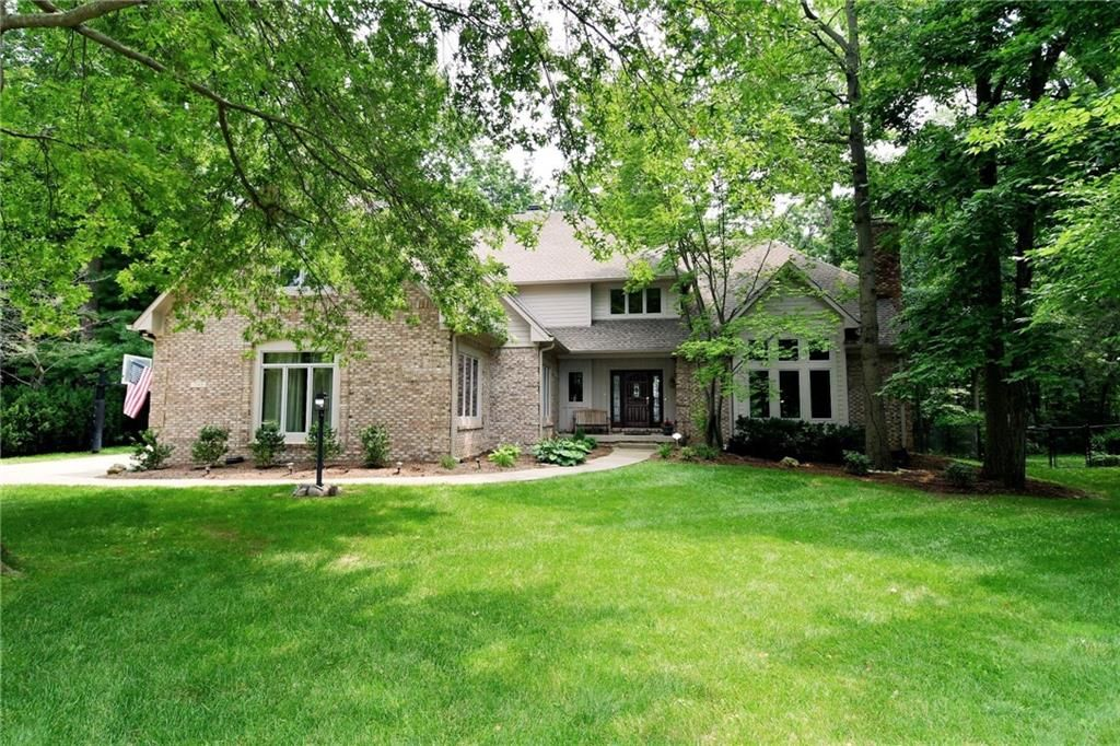 7569 Ballinshire S, Indianapolis, IN 46254