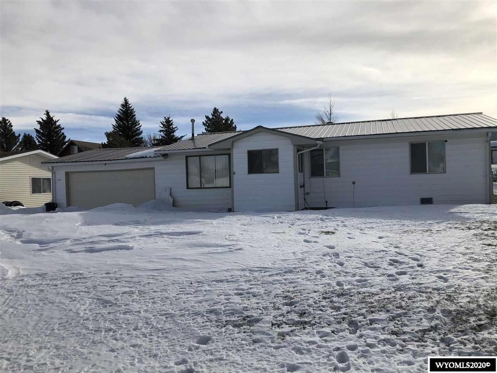 106 Mountain View Ct, Hanna, WY 82327