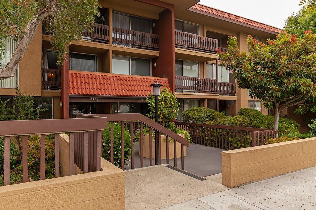 3825 Centre St #8, San Diego, CA 92103