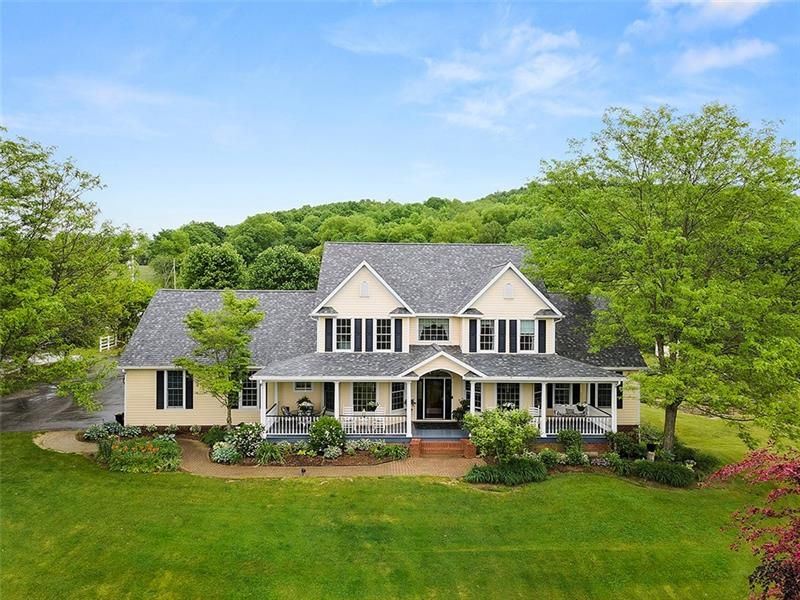 28 Leesburg Station Rd, New Wilmington, PA 16142