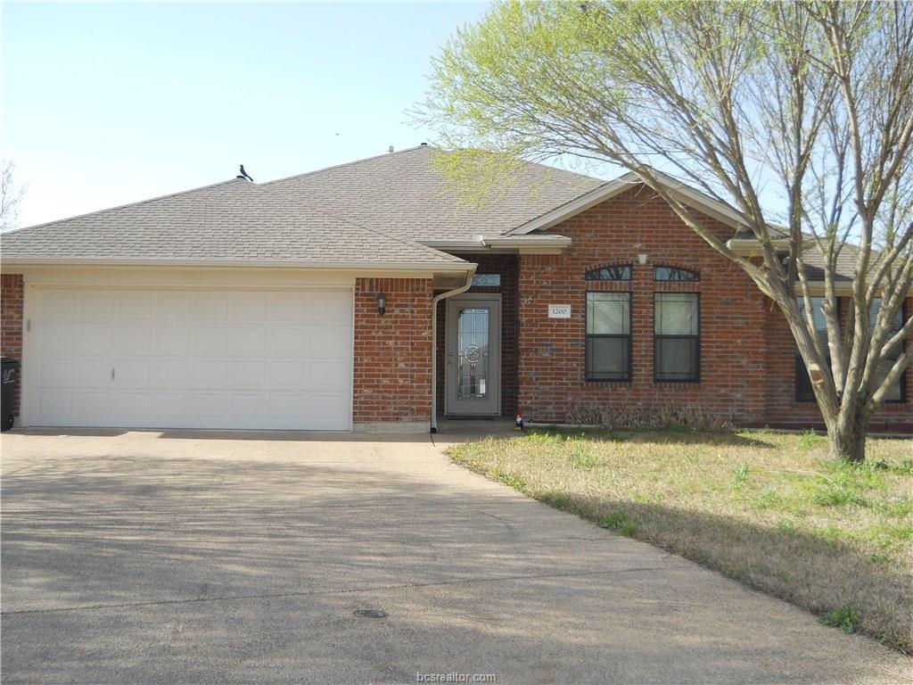 1200 Spartanburg Ct, College Station, TX 77845