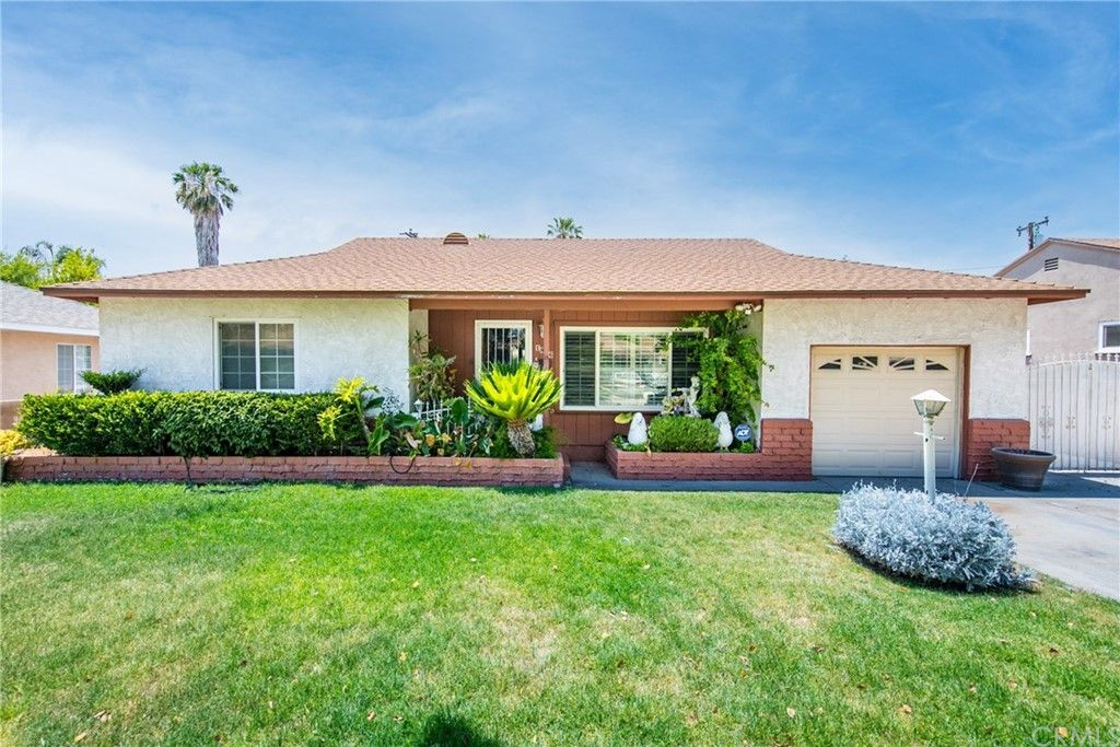 1896 Parkside Dr, San Bernardino, CA 92404