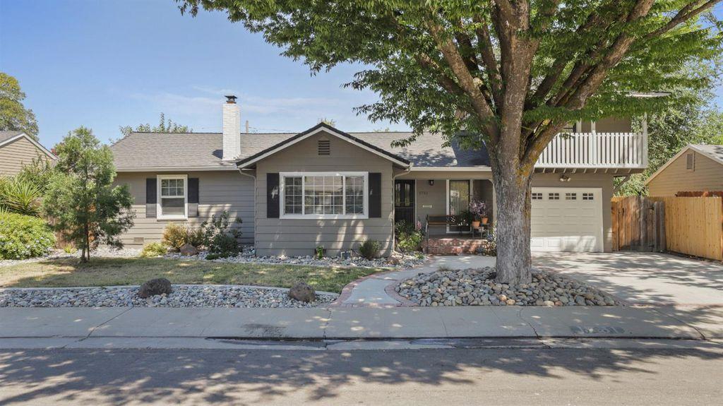 1751 W Sonoma Ave, Stockton, CA 95204