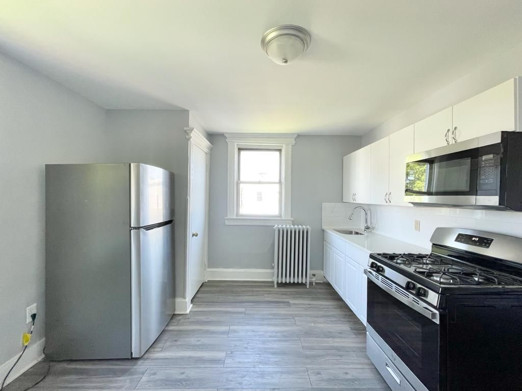 103 Grant Ave #3R, Jersey City, NJ 07305