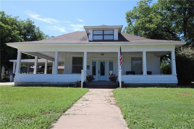 1010 Avenue G, Brownwood, TX 76801