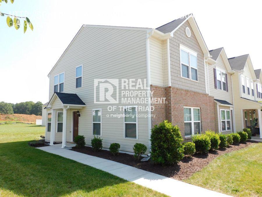 301 Hidden Timber Ln, Greensboro, NC 27405