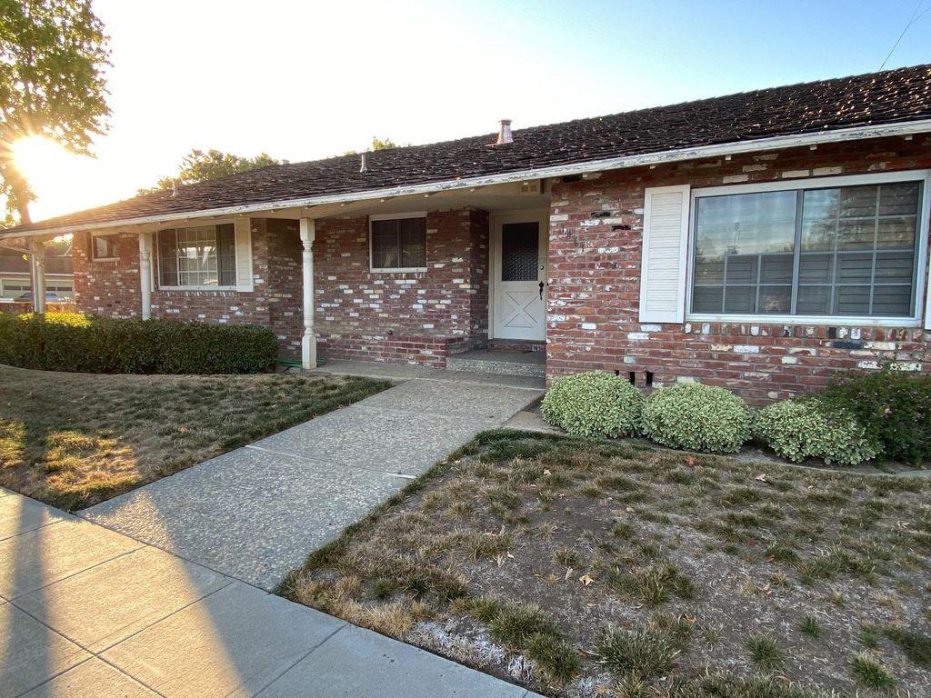 1461 Cherry Garden Ln, San Jose, CA 95125