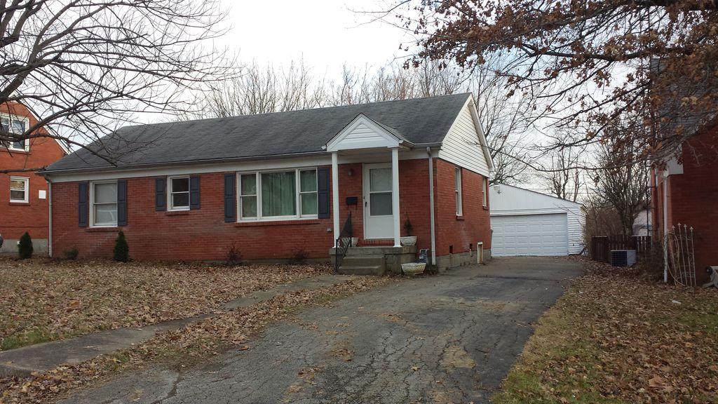 138 Saint Ann Dr, Lexington, KY 40502