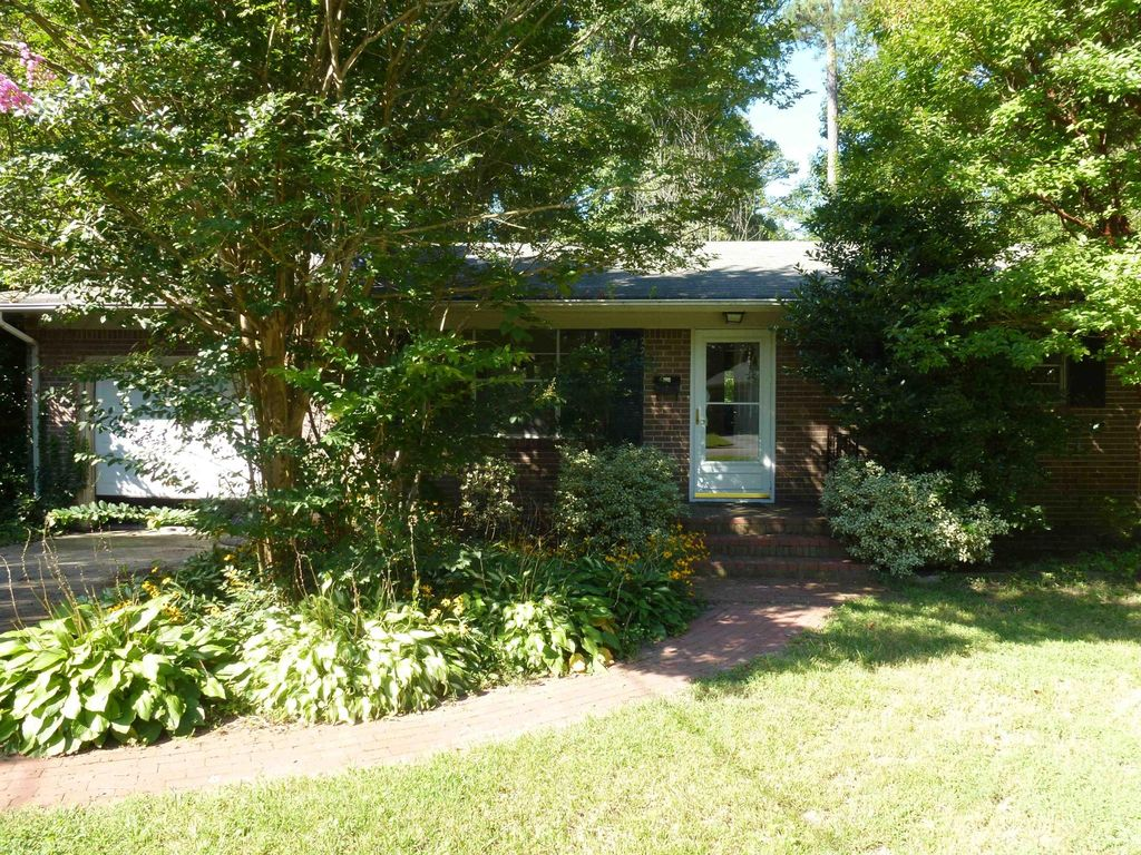 227 Thomas Nelson Ln, Williamsburg, VA 23185