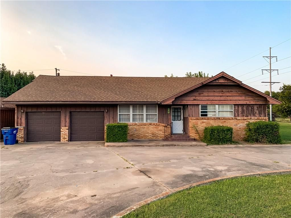 220 Airport Rd, Pauls Valley, OK 73075