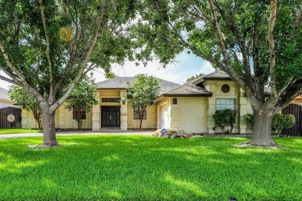 2905 Hemingway Loop, Laredo, TX 78041