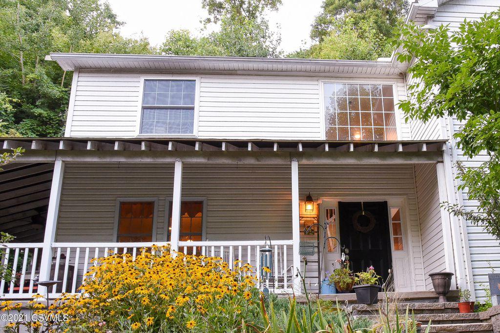 1195 Edison Heights Rd, Sunbury, PA 17801