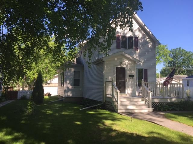 809 Walnut St, Grand Forks, ND 58201