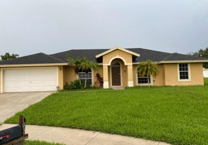 105 Brook Woode Ct, West Palm Beach, FL 33411