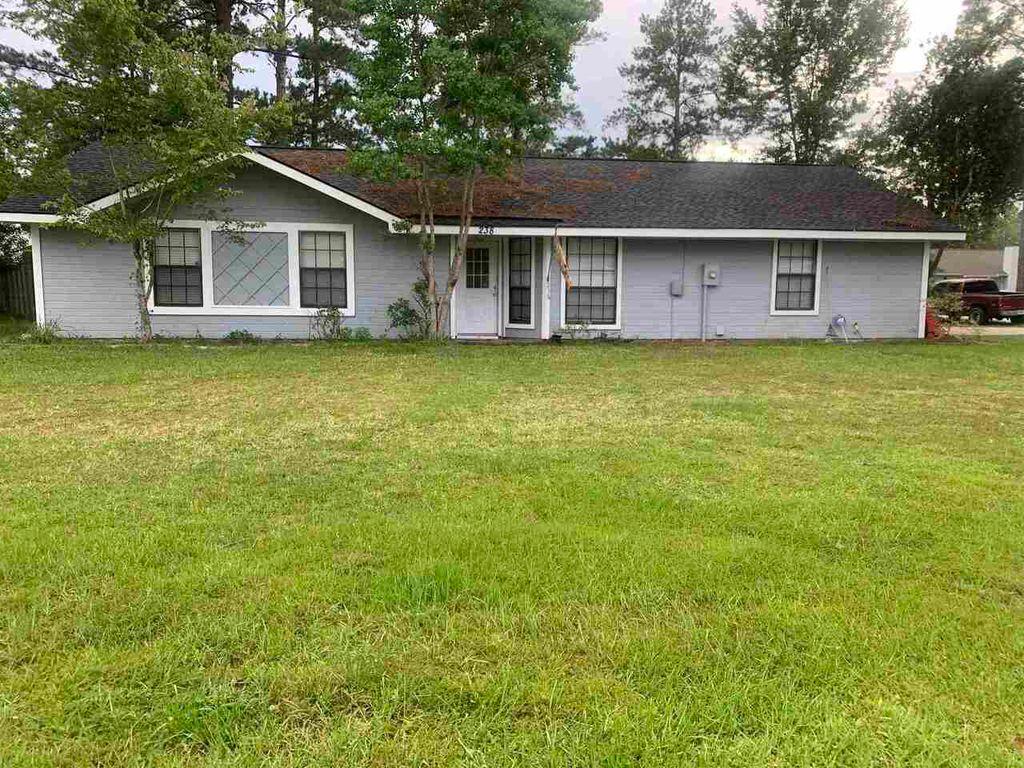238 Merriwood Cir, Kingsland, GA 31548
