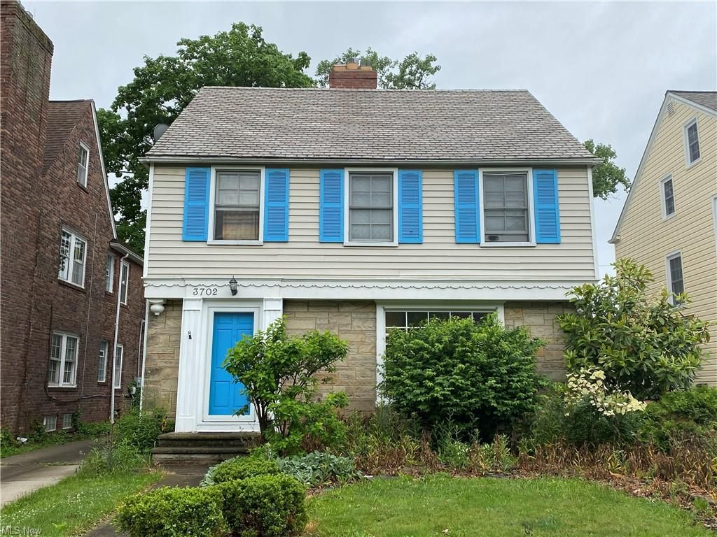 3702 Gridley Rd, Shaker Heights, OH 44122
