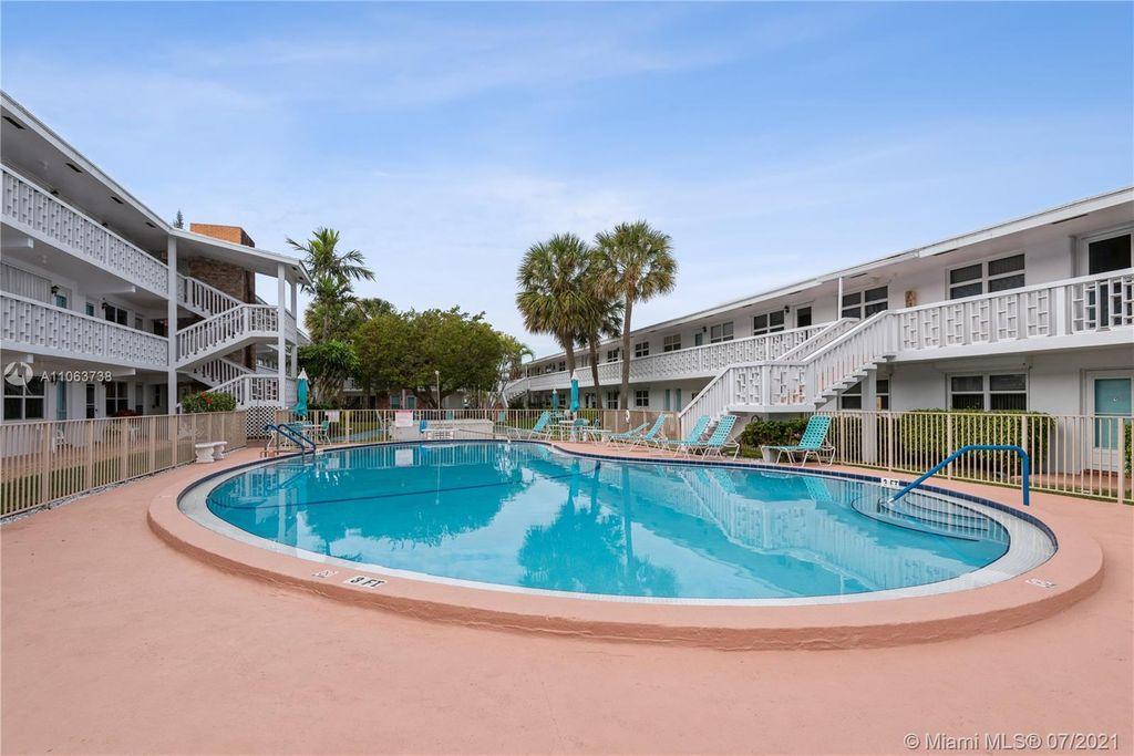 228 Hibiscus Ave #335, Lauderdale By The Sea, FL 33308