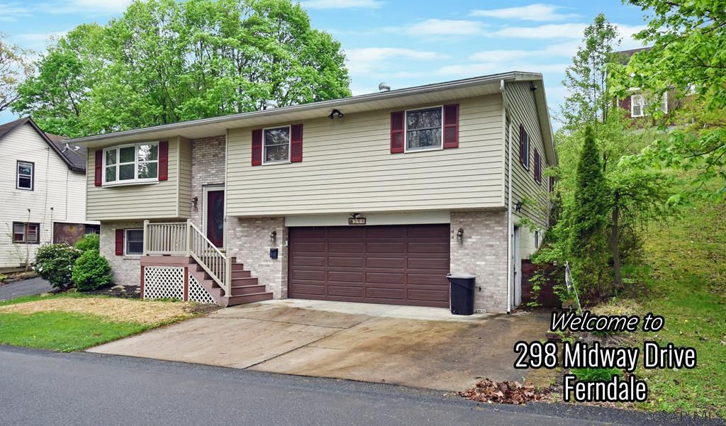298 Midway Dr, Johnstown, PA 15905
