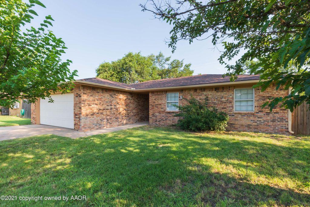 5018 Hillside Rd, Amarillo, TX 79109