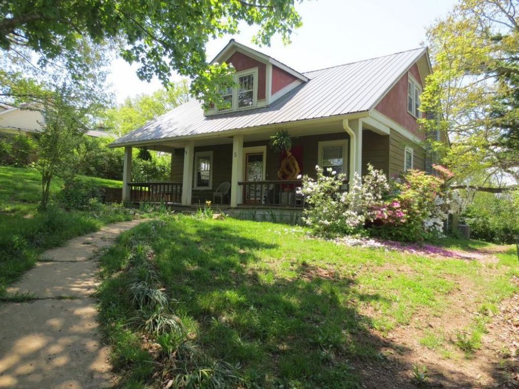 Address Not Disclosed, Asheville, NC 28803