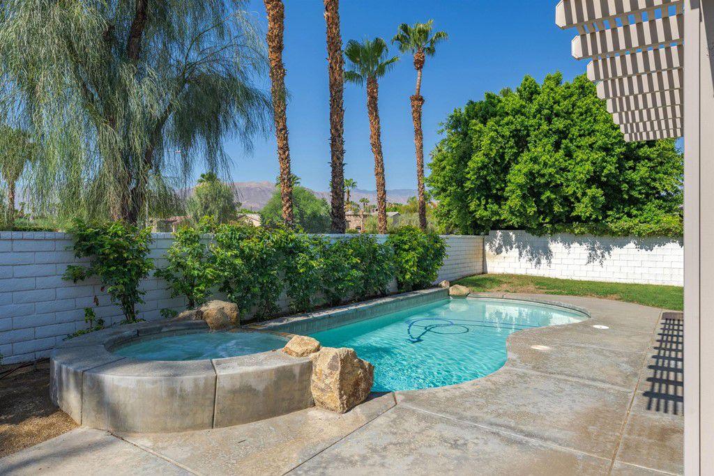 73455 Terraza Dr, Palm Desert, CA 92260