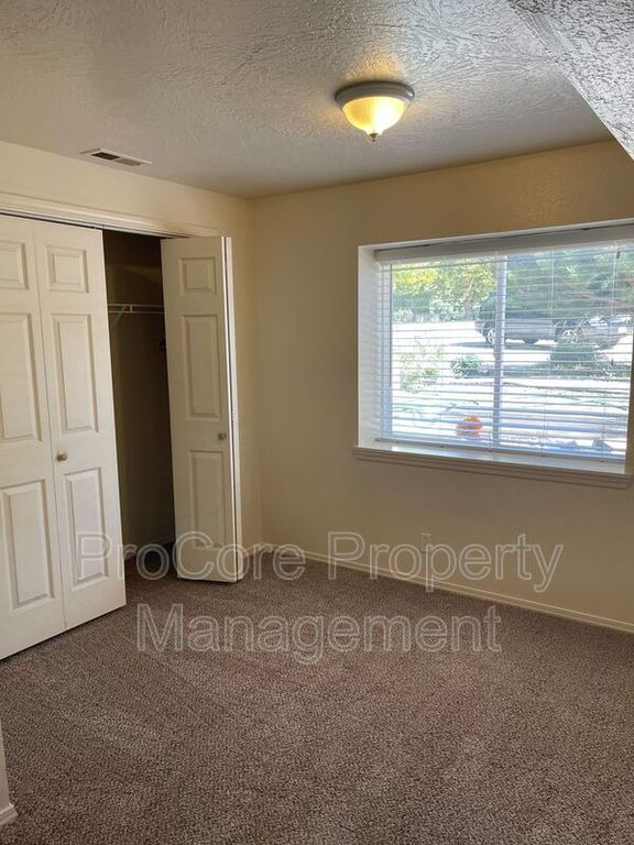 2015 S Orchard St #6, Boise, ID 83705
